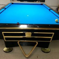 9' brunswick Gold Crown lV Billiard Table